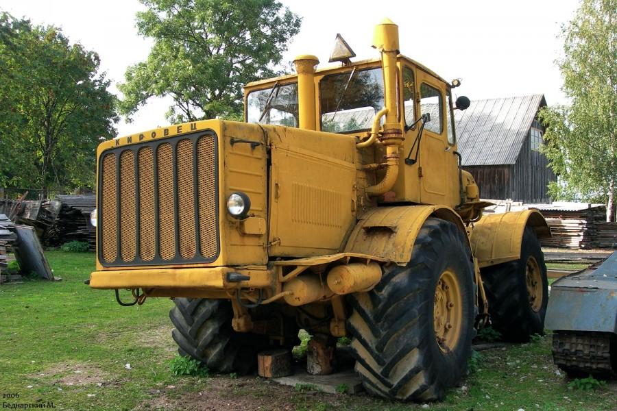Трактор Кировец – живая знаменитость