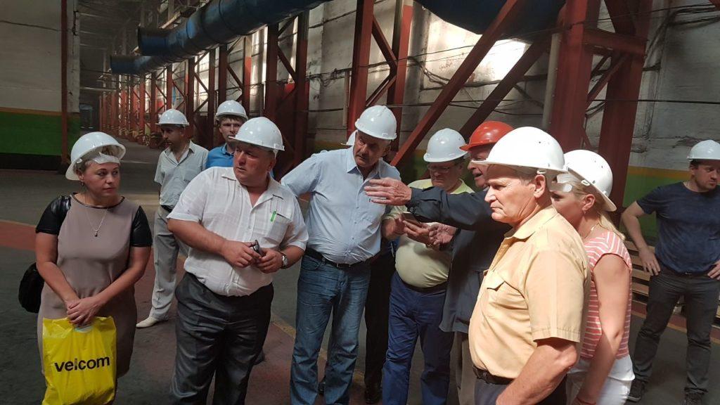Делегация из Новосибирской области на заводе ГОМСЕЛЬМАШ