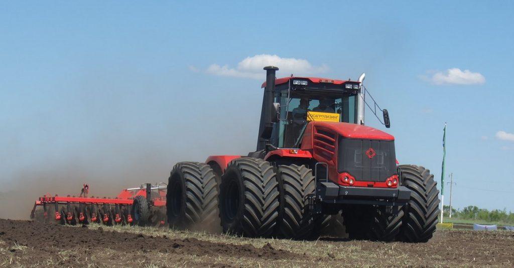 Благодаря Постановлению Правительства №1432 объем выпуска российских тракторов увеличился на 85%