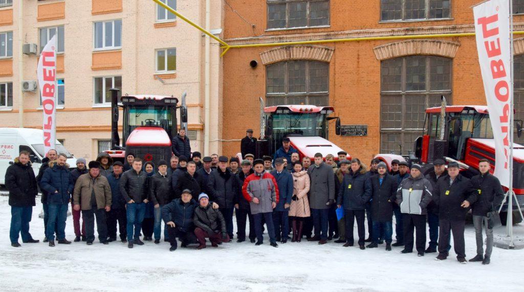 Делегация из Новосибирской области на заводе ПТЗ