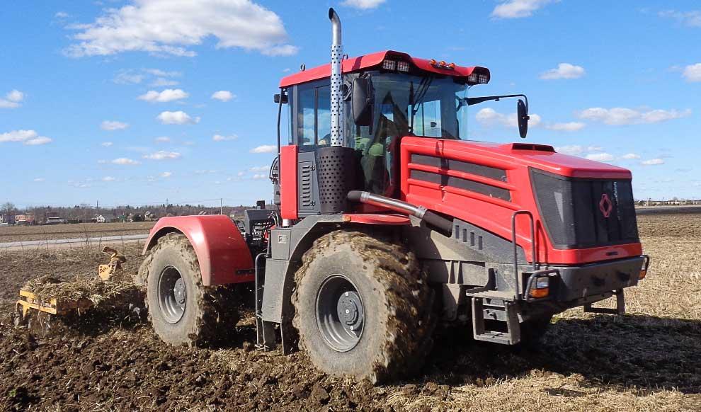 Трактор КИРОВЕЦ К-424 с автоматизированной КПП и МОМ доступен для заказа!