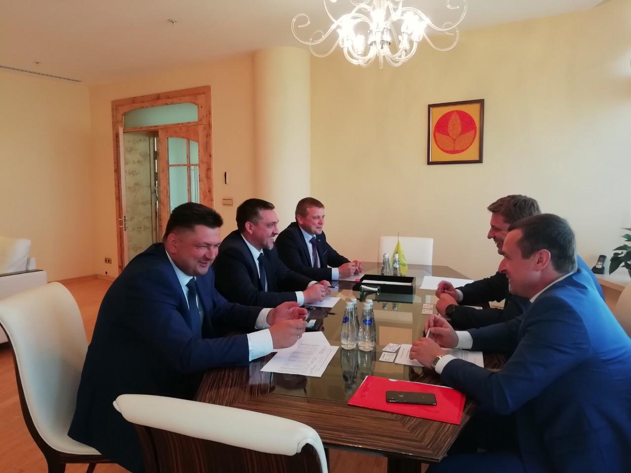 ОАО «ГОМСЕЛЬМАШ» и АО «РОСАГРОЛИЗИНГ» обсудили перспективы сотрудничества