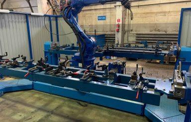 Сварочный робот на заводе «Алмаз» в Барнауле
